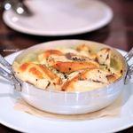 オルランド - 玉ネギとスカモルツァチーズ 自家製のアンチョビ