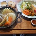 ヘルシー・キッチン・スマイリー - 自家製塩豚コトコト煮と彩り野菜