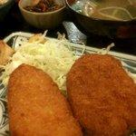旬菜厨房 恵比須屋 - チーズササミカツとコロッケ