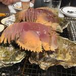 77541379 - 牡蠣とうちわエビ