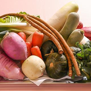 農場直送★新鮮な無農薬野菜をたっぷり取り入れた料理が自慢!