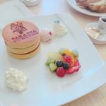 カフェドゥスヴェニール - 料理写真:3段パンケーキ