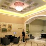 東京ステーションホテル ロビーラウンジ - 完璧なサービス