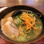 らーめん古潭 - セットのラーメン(味噌味)+ネギトッピング
