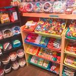 放課後駄菓子バーAー55 京都四条河原町店  - 駄菓子置き場!全部食べ放題!