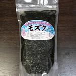 石垣市公設市場 - モズク 小 300円(税込)