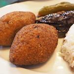 クルド家庭料理 手芸カフェ メソポタミア - ひき肉団子のブルグル包み揚げ