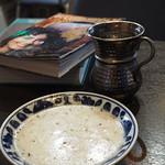 クルド家庭料理 手芸カフェ メソポタミア - ヨーグルトスープ