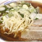 まこと食堂 - やっぱり多加水ぷりぷり麺!