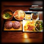 甘味処 あかちゃ家 - 料理写真:おむすび定食