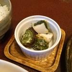ジャム cafe 可鈴 - 椎茸と里芋のバジル焼き。里芋とバジル、意外に相性◎なんですよ~
