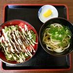伊都菜彩 まるいとうどん - サラダ牛丼定食(530円)