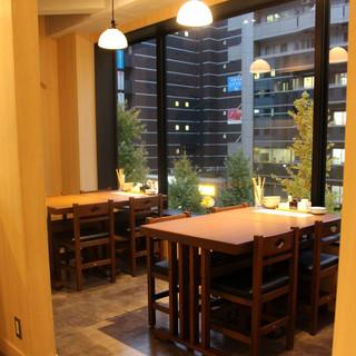 禁煙席もご用意‼ご宴会・プライベートな飲み会に最適な半個室!
