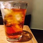 天びん棒 - アールグレイ紅茶酒ソーダ割り(600円)