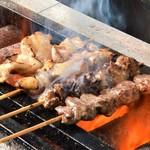 国産焼き鳥 とんちき - 料理写真:一本一本、丁寧にじっくり焼きます♪