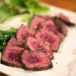 酒とタイ料理 ピッサヌローク - 2017.12 見蘭牛イチボ肉の炙り