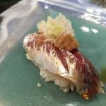 第三春美鮨 - 真鰺 68g 瀬付き 釣 兵庫県沼島
