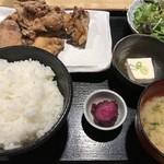 77579590 - 鶏もも肉の唐揚げ定食 900円
