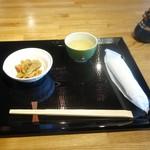 SOBA&SAKE八福寿家 - ランチにつくお通し