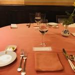 リストランテ・サバティーニ - テーブルセッティング