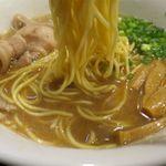 麺や 琥張玖 KOHAKU - 豚骨中華そばの麺