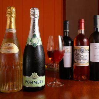 イタリア各地のワインを手ごろな価格で