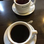 マウンテン - 珈琲と紅茶を頼んだが・・