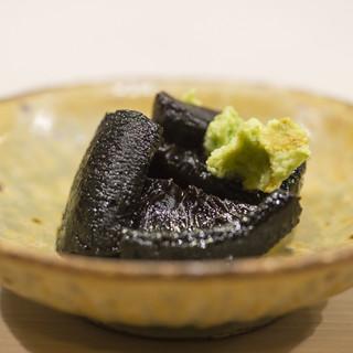季節の食材を愉しむ「鮨懐石」