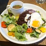 Cafe,Bar&Deli by NODE UEHARA - ロコモコ