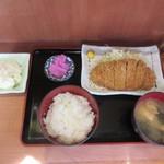 吟くら - ロースカツ定食+ポテサラ