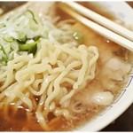 あべ食堂 - 麺はやっぱりピロピロ平打ち麺♪