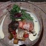 77612186 - 鯛のソテーとオマール海老の低温グリエ 白ワインとバルサミコのソースで