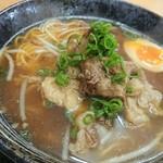 どば - 料理写真:牛すじラーメン