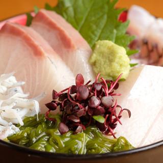 四季のめぐりを感じる和食を、心ゆくまで味わう