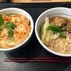 なか卯 - 料理写真:「いわしのつみれそば(小そば)」340円也+「親子丼(ミニ)」350円也。税込。