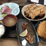 福浦漁港 みなと食堂 - みなと定食