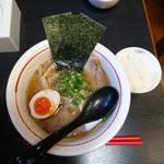 麺や うしお - 特製らー麺