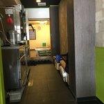 MOVE麺t - 意外や 後ろも席あり まーまーのキャパ