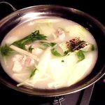名古屋コーチン専門 個室 鳥銀邸 はなれ - 厳選鶏と新鮮野菜の水炊き鍋