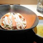 菊鮨 - ◆香箱蟹・・出された瞬間「ワッ ^^」 下処理が大変だったと話されていましたが、蟹好きにはとても嬉しい品。 有難く頂きました。