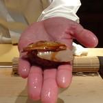 菊鮨 - ◆煮はまぐり(九十九里浜)・・絶妙の火入れですね。ツメもいい味わい。