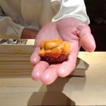 菊鮨 - ◆雲丹(昆布森)・・昆布森の雲丹は美しいですね。甘いこと。