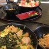 渥美の丼屋 まるみ - 料理写真:海鮮ばらチラシ中盛り(890円)と三河地鶏親子丼小盛り(600円)(2017.12現在)