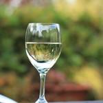 シーズンズ カフェ - グラス白ワイン