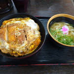 資さんうどん - ◆カツとじ丼、ミニうどん付(850円)