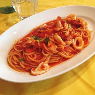 ペスケリア・ラ・ルーナ・ロッサ - ランチのタコとイカのトマト煮込みソース エルバ島風  スパゲッティ