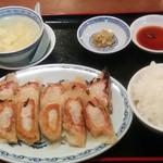 77646243 - 餃子定食780円