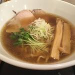 麺や 阿吽 - 鶏醤油麺(手もみ麺ver.)…800円