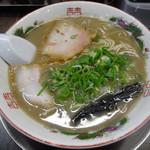 一骨入魂 - 「ラーメン」600円