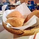 モロッコ料理カサブランカ - パンの盛り合わせ